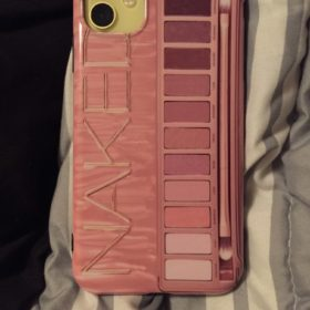 Makeup Eyeshadow Palette Phone Case photo review